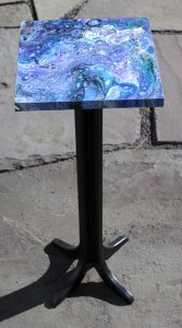 acrylic pour hand-made stand by Florence Ancillotti